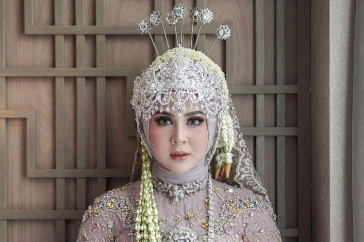 Intip Riasan Detail Kesha Ratuliu Ketika Menikah, Manglingi!