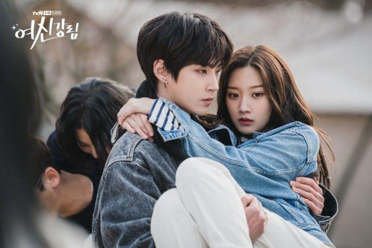 """Pelindung Ju Kyung, 10 Momen Menyesakkan Seo Jun di """"True Beauty"""""""