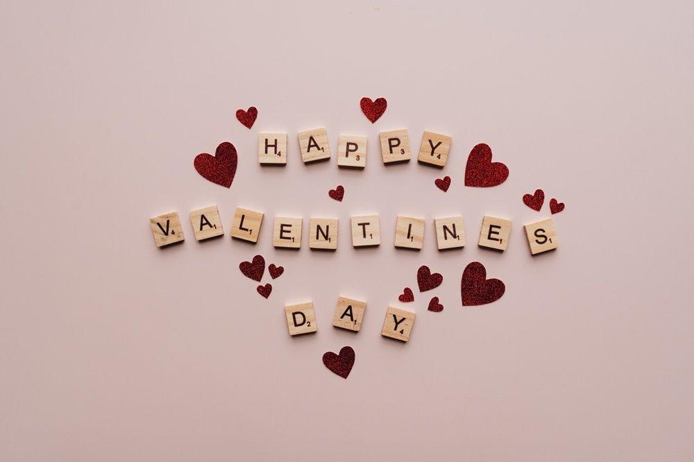 15 Ucapan Hari Valentine untuk Suami Tercinta, Romantis!