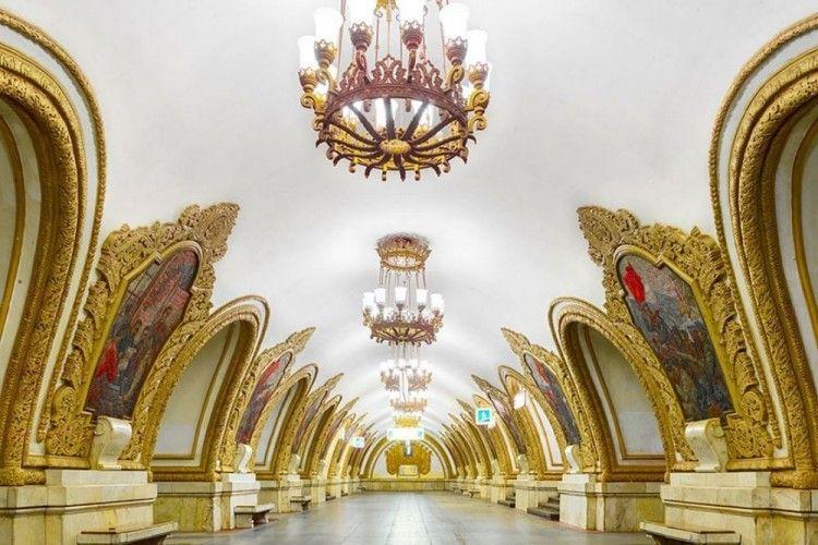 12 Arsitektur Stasiun Kereta di Rusia yang Bikin Terperangah