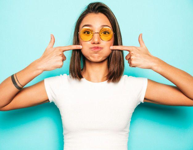 Double Chin Bikin Nggak Pede? Ini 7 Cara Menghilangkannya!