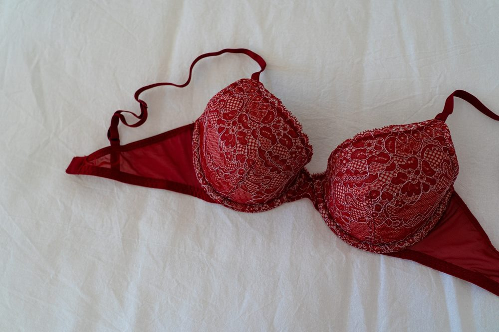 8 Rekomendasi Kado Valentine untuk Istri