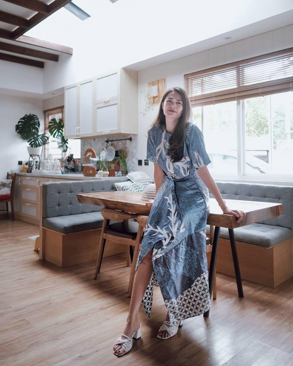 Tips Memakai Kain Batik Sesuai Bentuk Tubuh