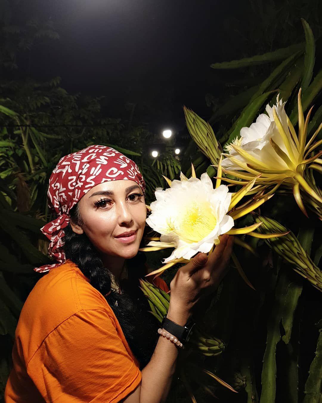 Sudah Berusia 50 Tahunan, Begini 7 Potret Kecantikan Artis Indonesia