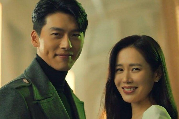 Jadi Bintang Iklan Bersama, 7 Potret Hyun Bin & Son Ye Jin Bikin Baper