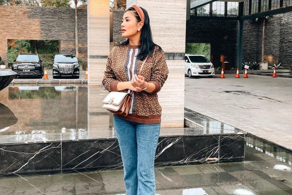 7 Potret Terbaru Nindy Ayunda, Makin Bahagia dengan Pilihannya