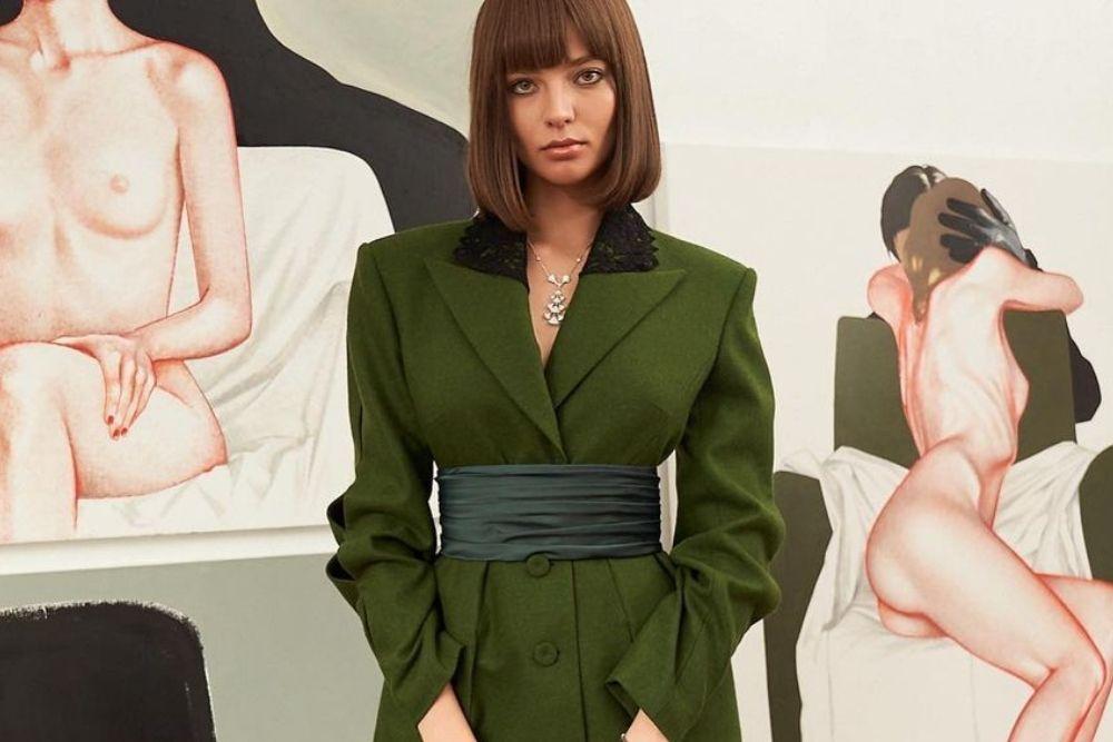 7 Potret Alesya Kafelnikova, Model Rusia yang Pose Telanjang di Bali