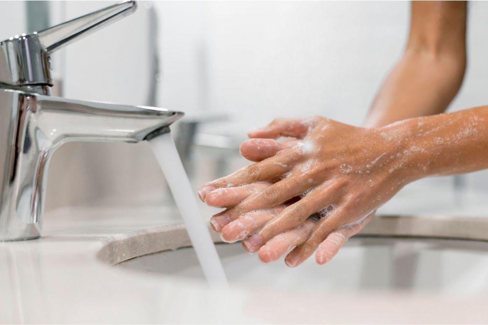 5 Tips Mencuci Softlens di Rumah, Mata Sehat Terhindari dari Iritasi