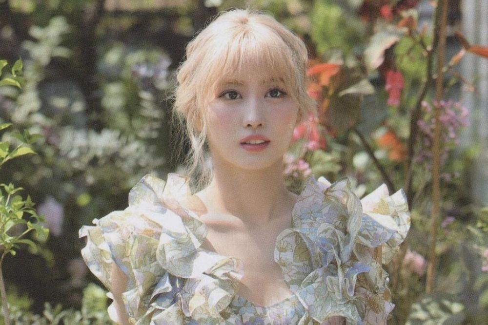 Potret Momo 'Twice', Kekasih Kim Hee Chul yang Tampilkan Tarian Seksi
