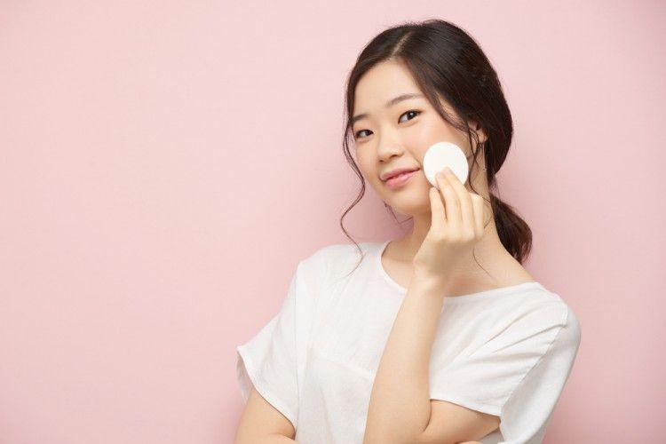 Bikin Wajah Cerah dan Flawless, Ini 5 Rekomendasi Toner Korea Untukmu