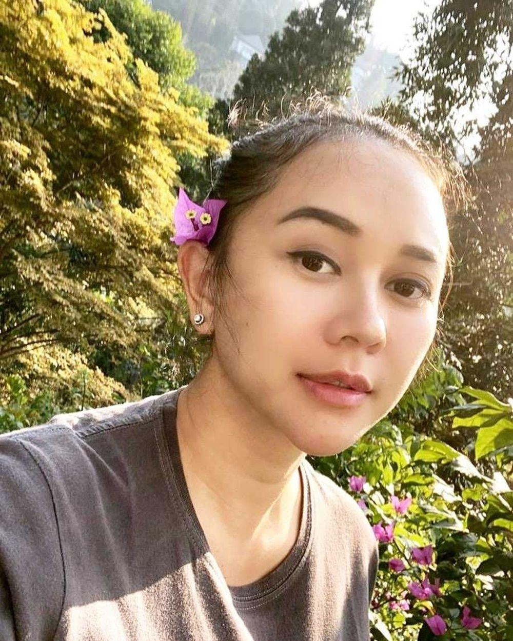 5 Artis Berdarah Sunda yang Dinikahi Laki-Laki Non Seleb, Romantis!