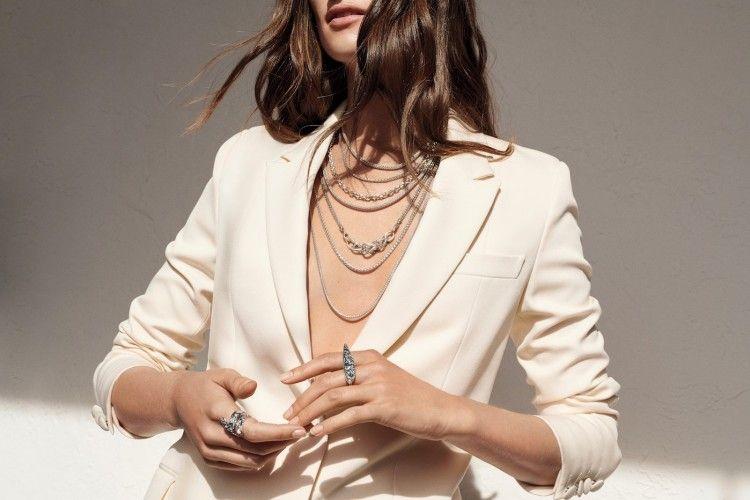 7 Cara Praktis Membersihkan Perhiasan Perak