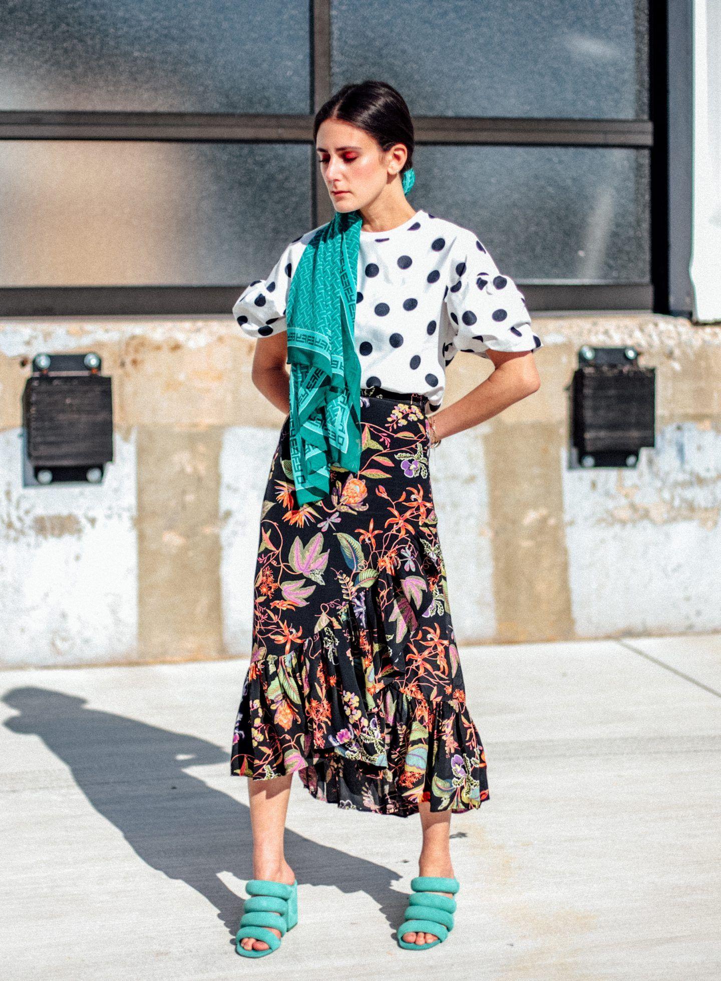 Inspirasi Outfit untuk Pesta Outdoor, Keren dan Nyaman!