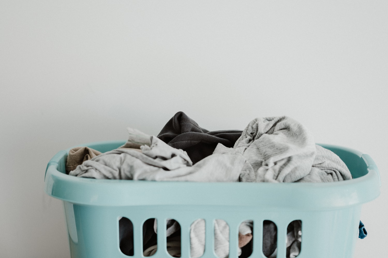 Miss V Sering Gatal? Intip 7 Cara Mencuci Pakaian Dalam yang Benar