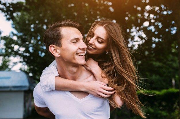 Idealnya, 12 Hal Ini Harus Ada dalam Sebuah Hubungan Asmara