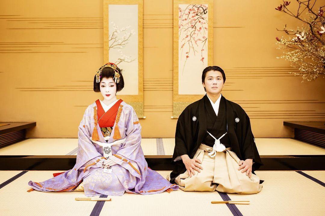 Gaya Syahrini Paling Mencuri Perhatian, Geisha hingga Pakaian Branded