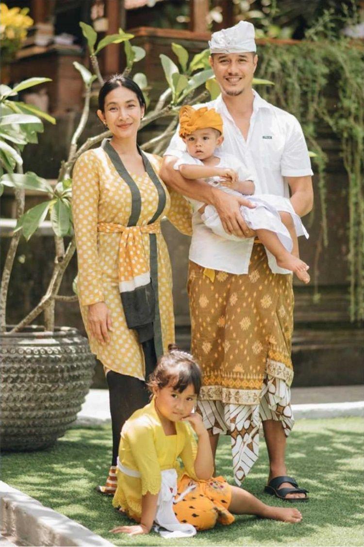 Hidup Harmonis, 9 Keluarga Artis Ini Putuskan Menetap di Bali