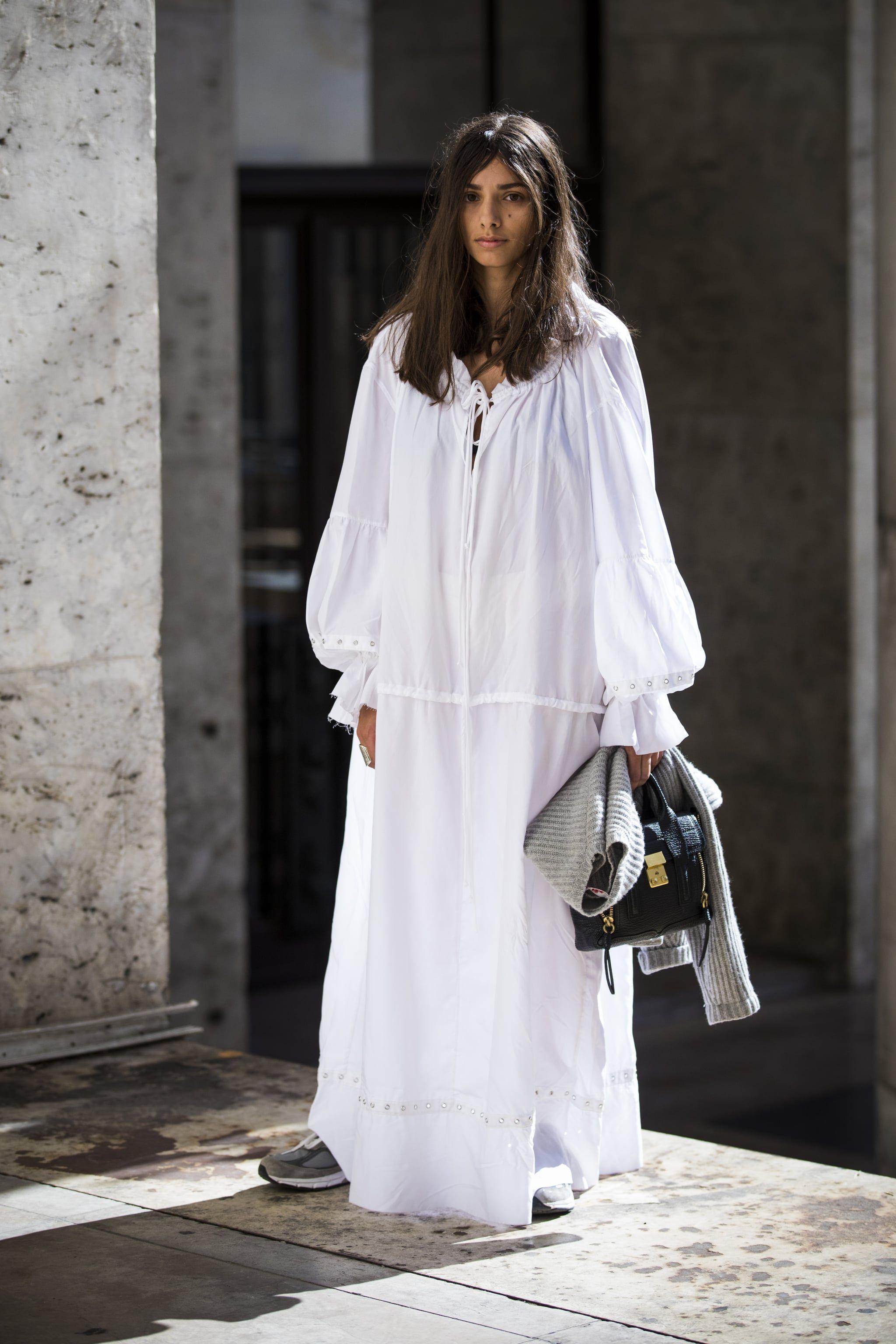 Tips Casual look Pakai Maxi Dress