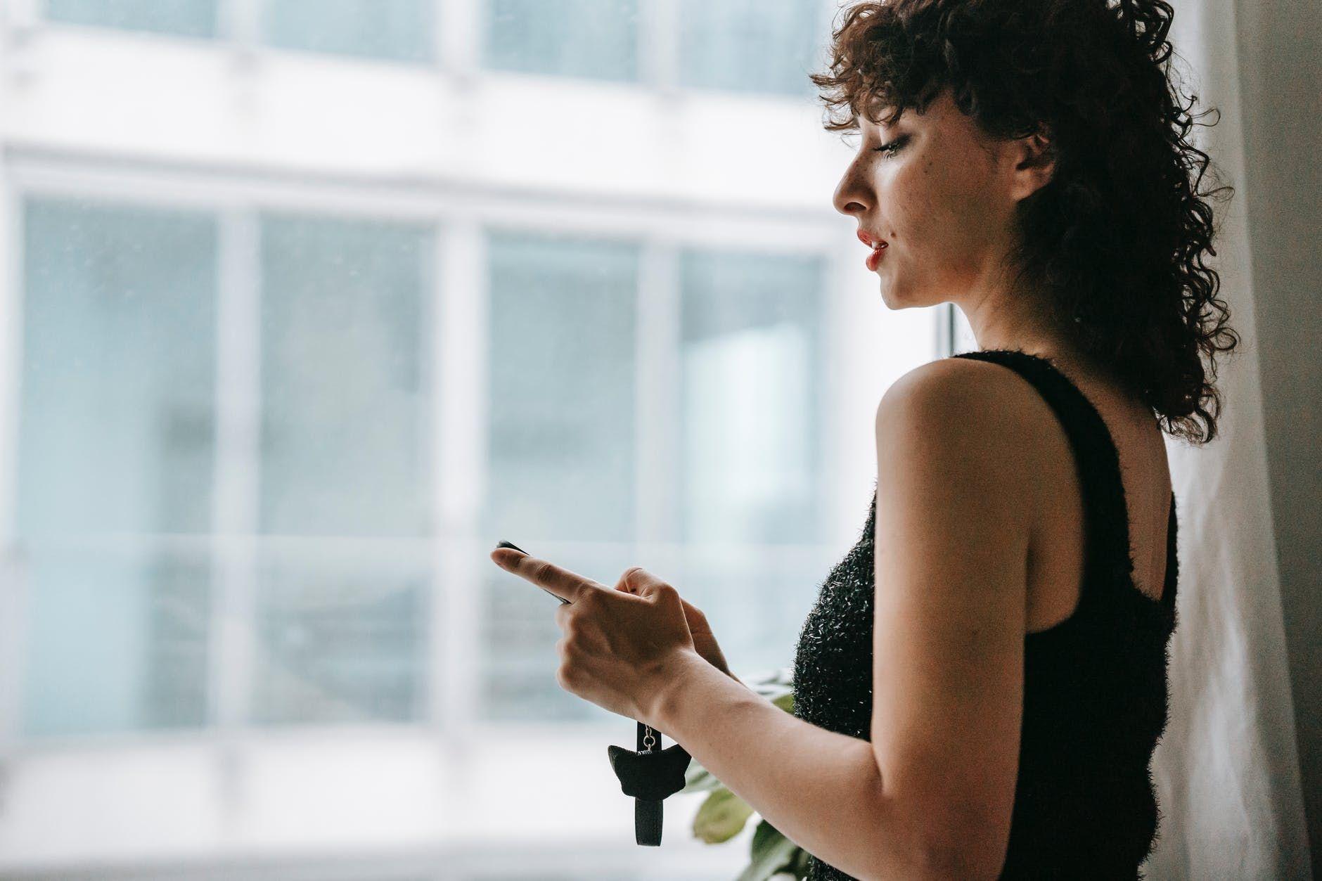 5 Pertanda Kamu Butuh Detoks Media Sosial