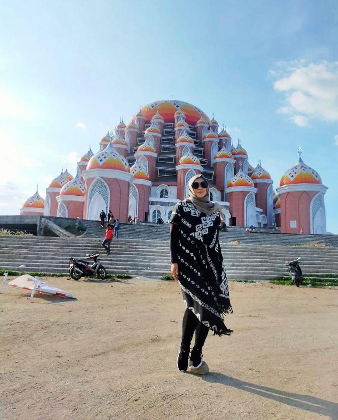Dimakamkan Hari Ini, Berikut Fakta Wafatnya Rina Gunawan