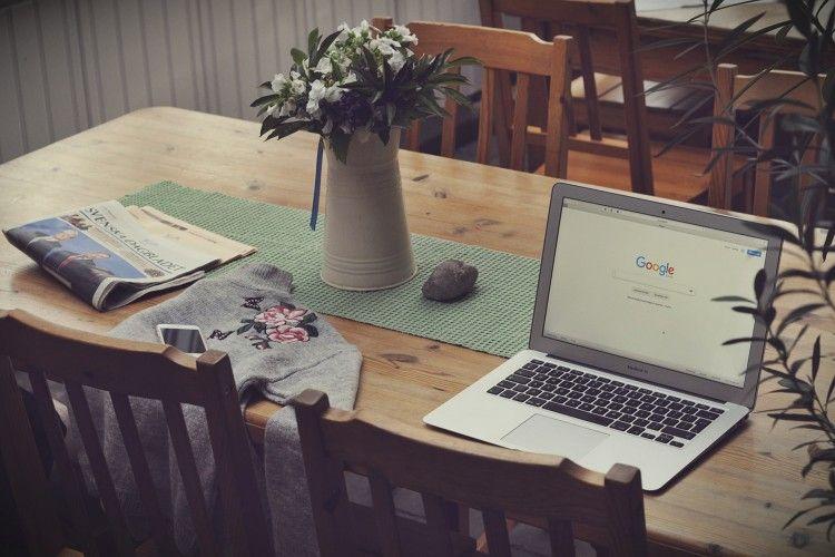 10 Potret Tugas Kuliah Online Paling Absurd, Bikin Ngakak Banget!