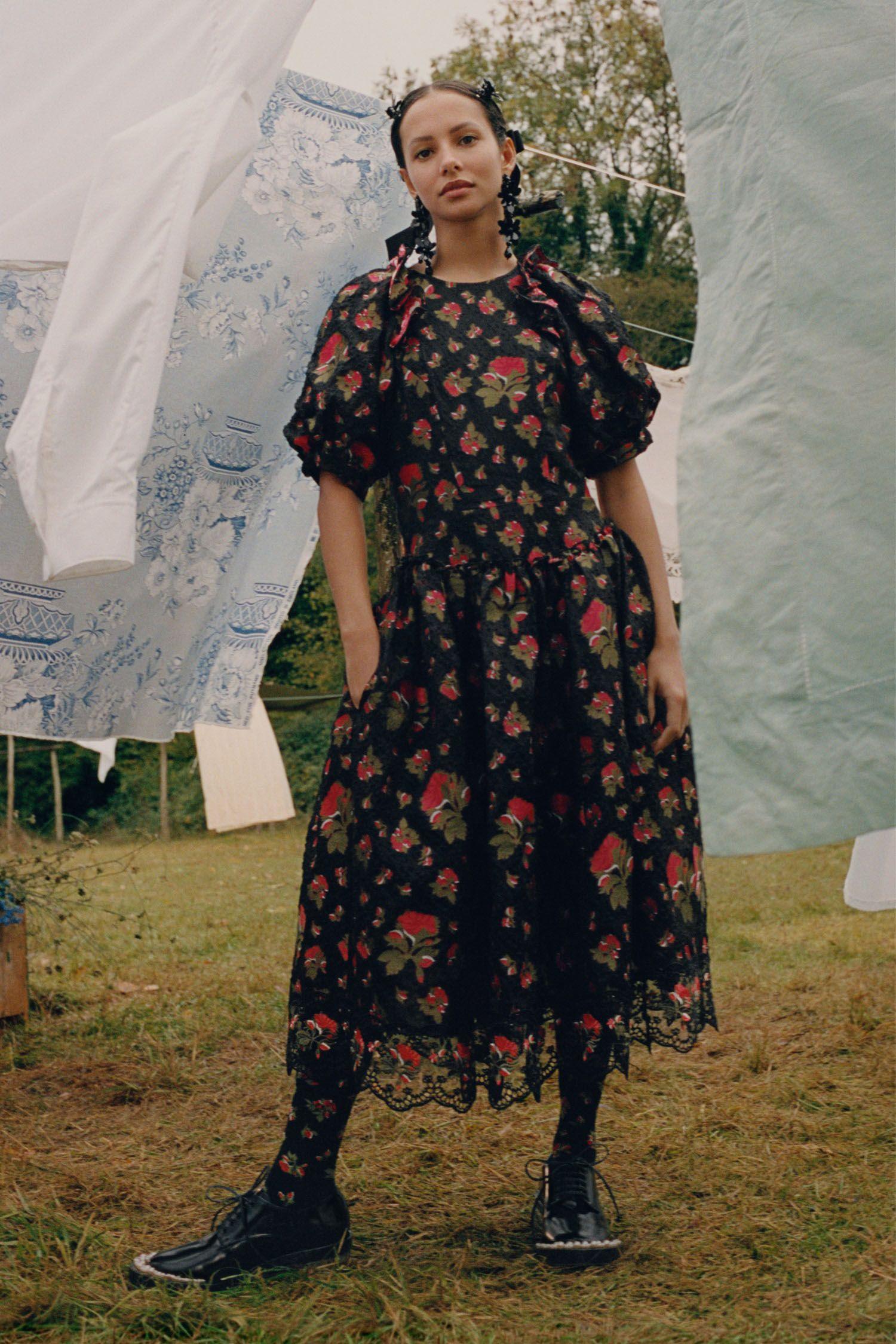 Simone Rocha x H&M Hadirkan Visual Indah KaryaTyler Mitchell