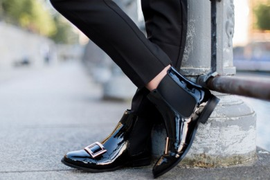 Cara Mudah Atasi Sol Sepatu atau Sandal Licin