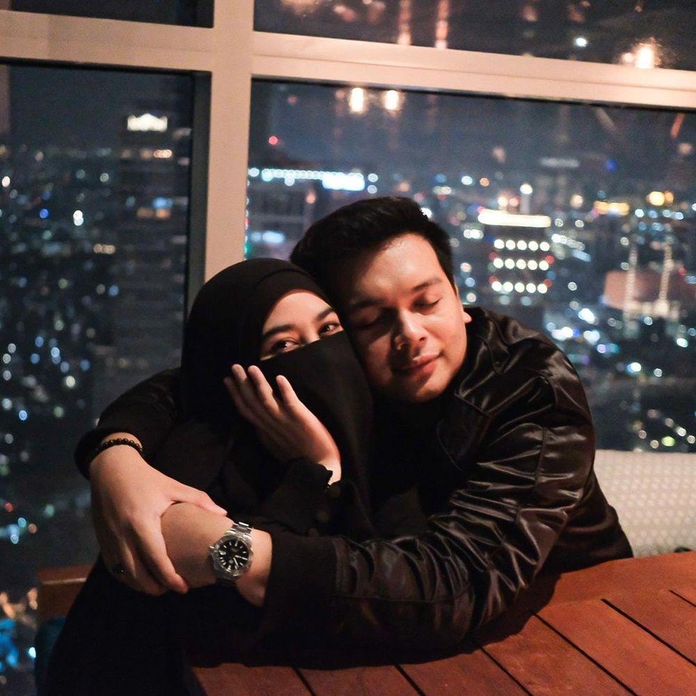 Bolehkan Poligami, Ini 10 Kemesraan Natta Reza dan Wardah Maulina