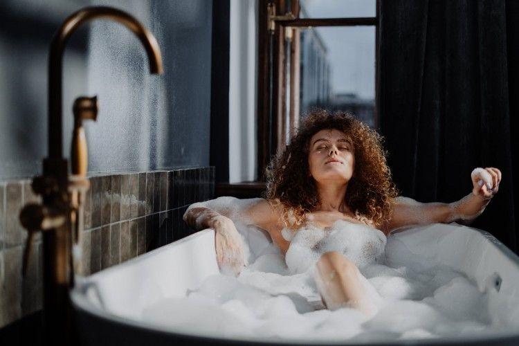 Ini 7 Tips Masturbasi yang Paling Cepat Datangkan Orgasme