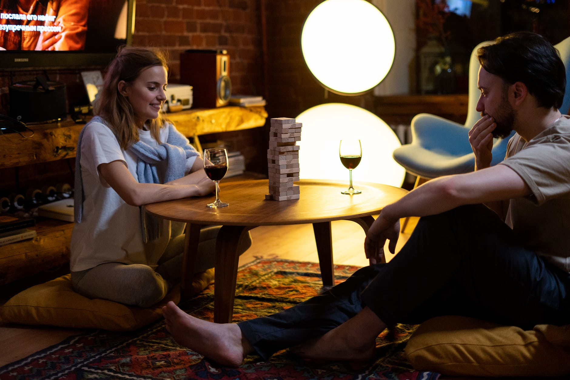 7 Cara Kreatif Jadi Romantis dengan Orang yang Kamu Cinta