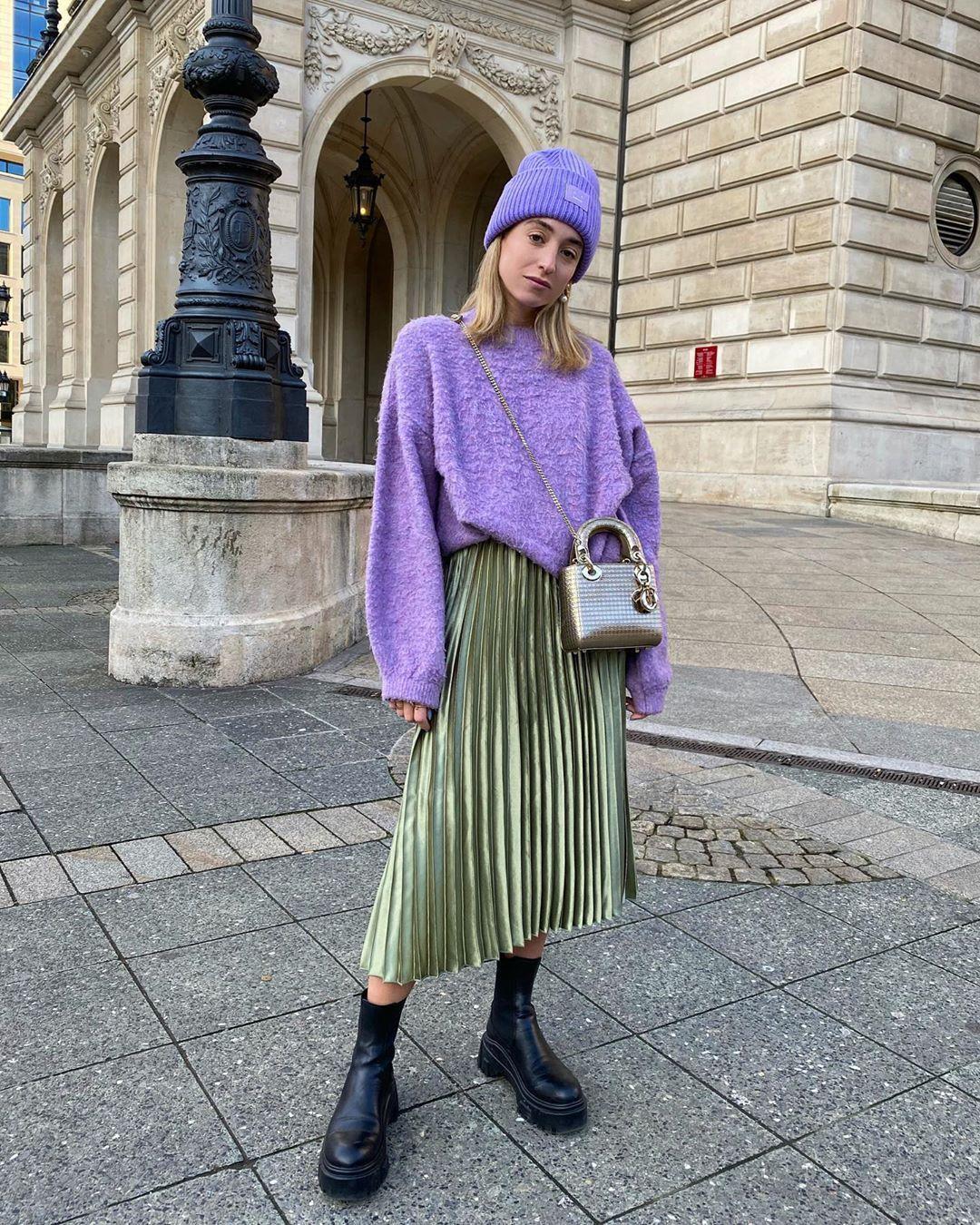 Mix N Match Sweater dan Rok Midi