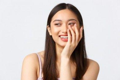 7 Rekomendasi Skincare Bahan Calendula, Bikin Kulit Halus