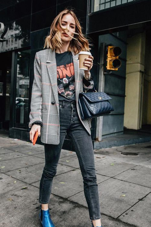 Upgrade Outfit-mu dengan Mengenakan Blazer, Edgy Banget!