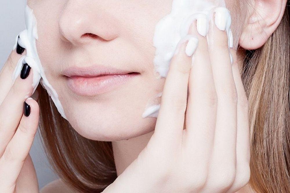 Jangan Asal, Ketahui Tips Layering Skincare yang Benar dan Efektif