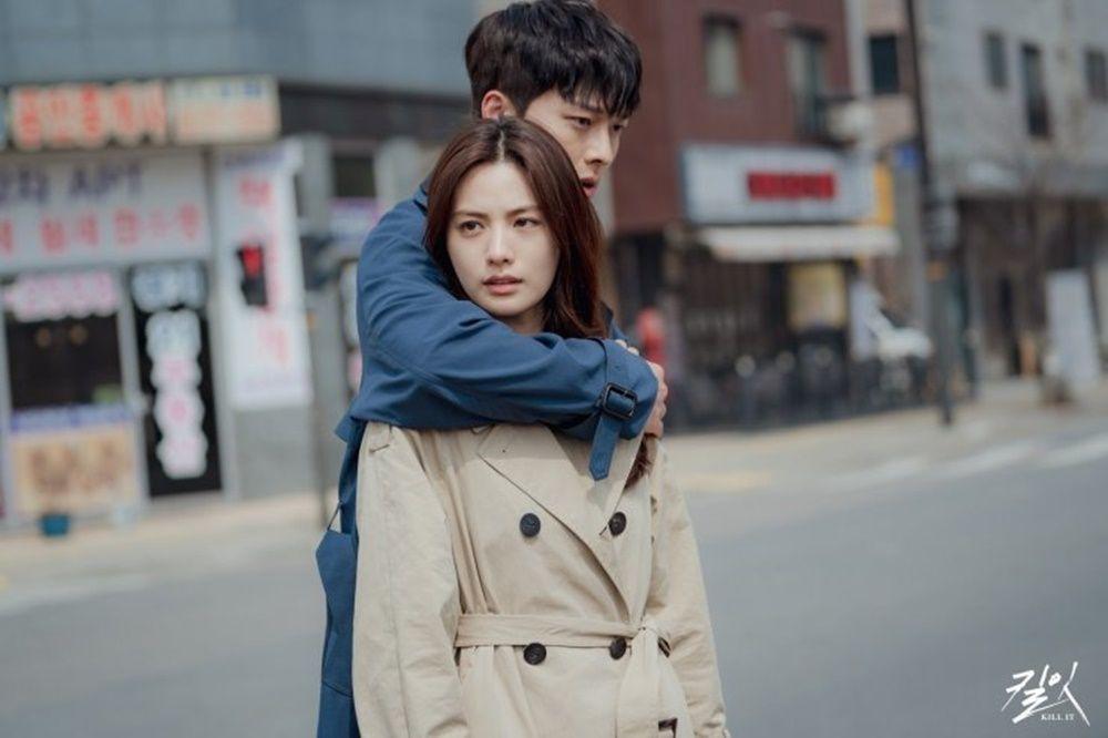 Terhalang Genre, 8 Kisah Cinta Pasangan KDrama Buat Penonton Gemas