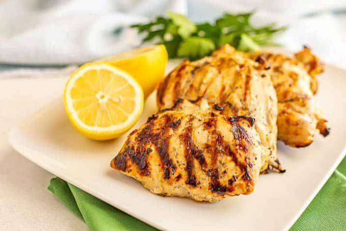 5 Resep Dada Ayam yang Enak untuk Diet, Sehat dan Mengenyangkan