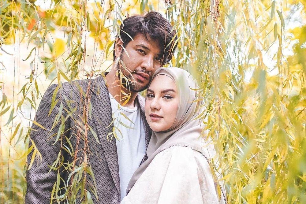 Pernah Pacaran Beda Agama, 9 Artis Kini Menikah dengan Pasangan Seiman
