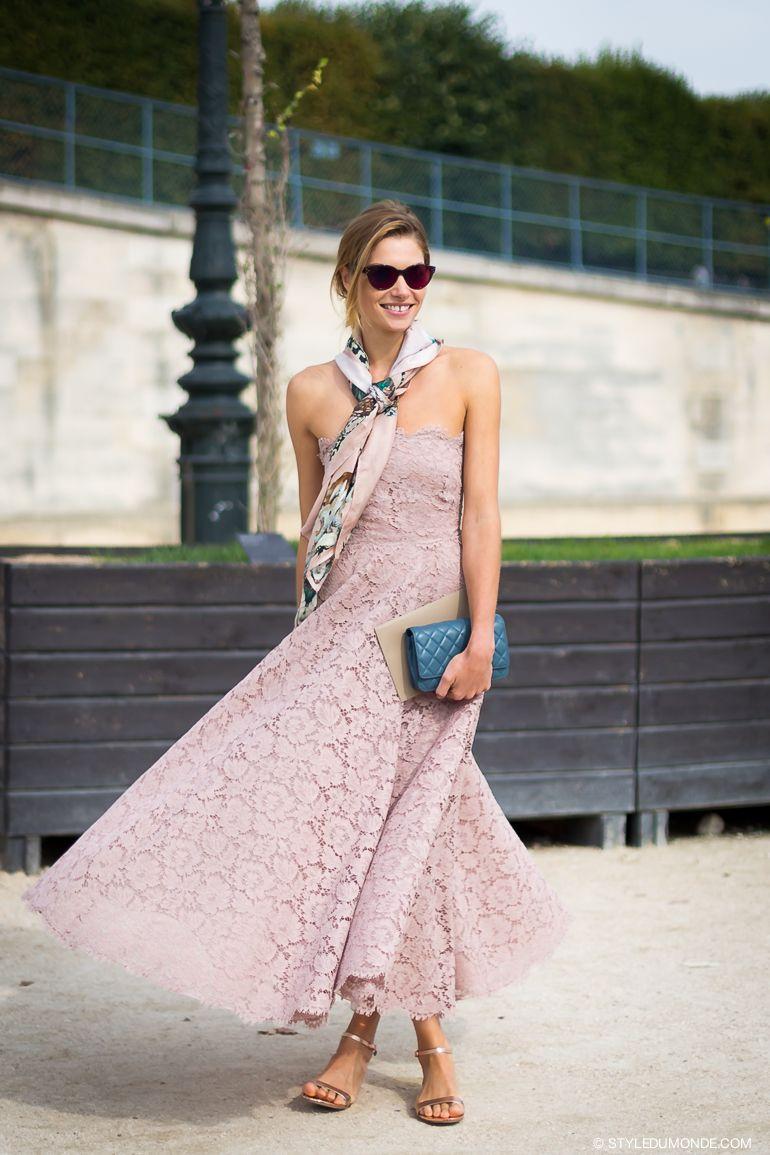 Tips Padu-padan Pakaian Feminin untuk Perempuan Modern