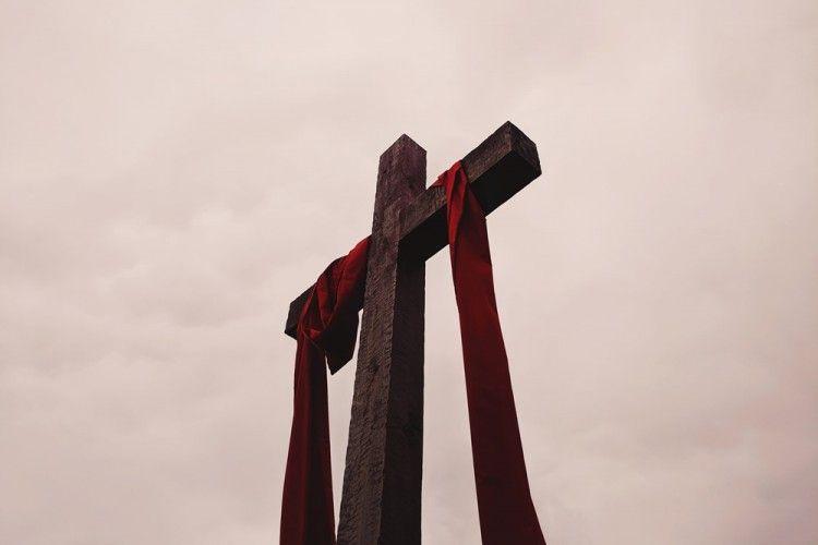 Rangkaian Perayaan Paskah dan Maknanya yang Dijalankan Umat Kristiani