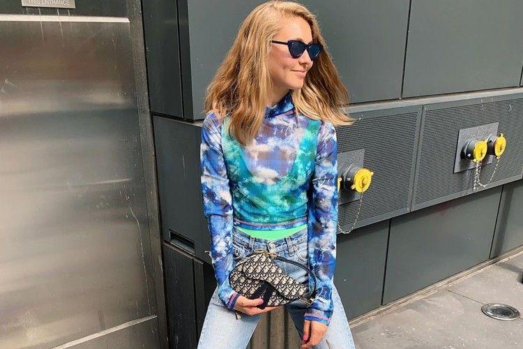 Inspirasi OOTD Pakai Tie Dye untuk Hangout