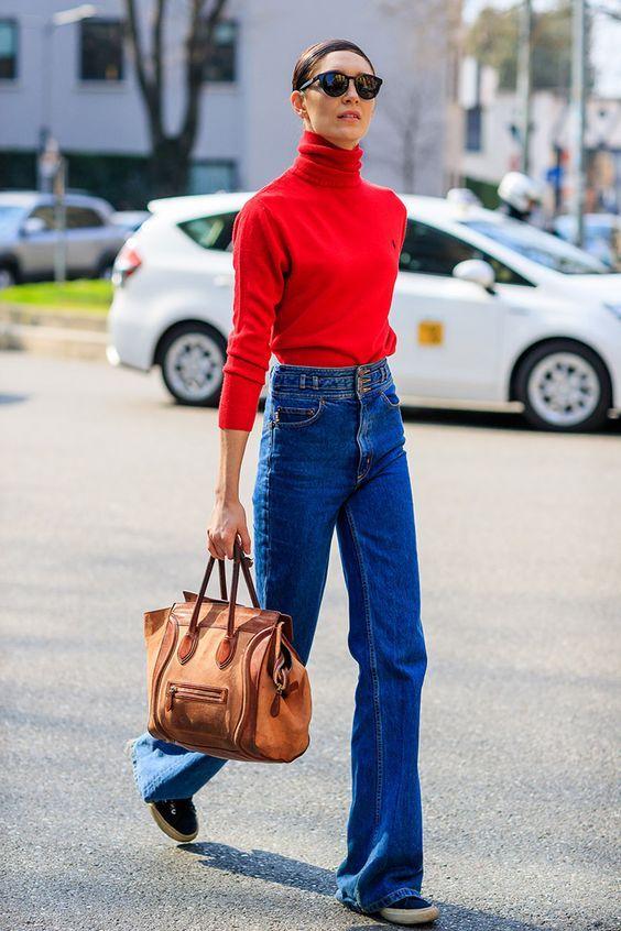 Tampilan Terupdate Pakai Blue Jeans dengan Gaya Kasual
