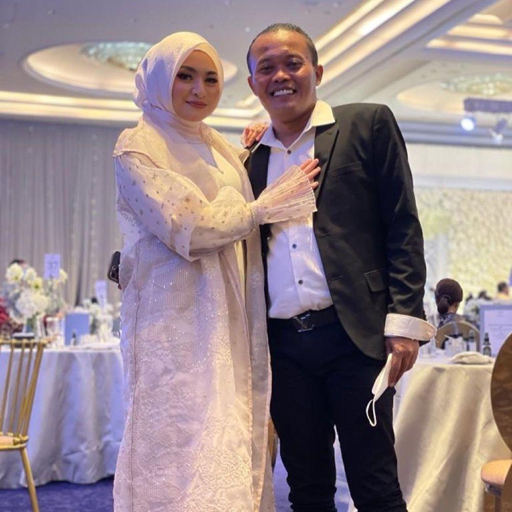 Romantis! 12 Pasangan Artis Ini Hadiri Pernikahan Atta-Aurel