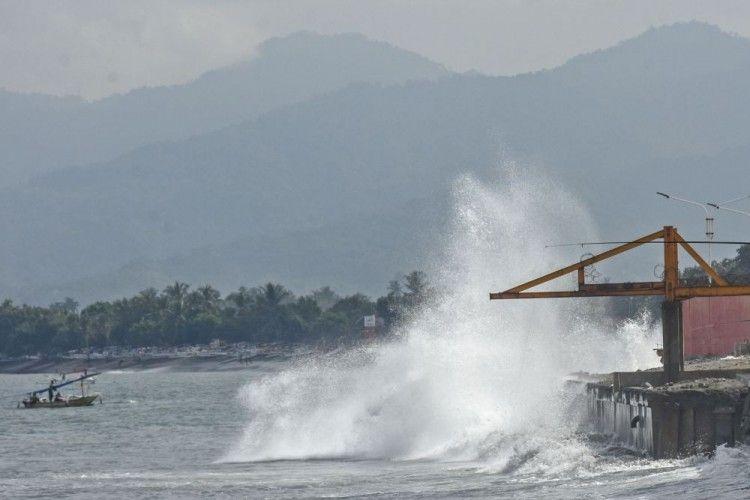 Daftar Wilayah Berpotensi Cuaca Ekstrem akibat Bibit Siklon Tropis 99S