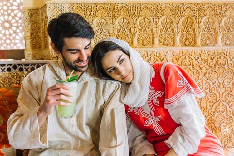 8 Cara Menjaga Hubungan Pernikahan Tetap Sehat Saat Berpuasa