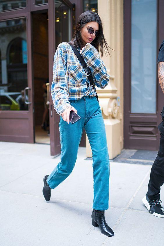 Mix N Match Pakai Flannel Seperti Seleb Hollywood
