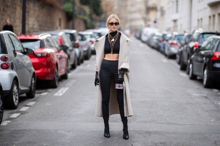 Tips Padu-padan Outfit dengan Celana Legging yang Bisa Kamu Tiru