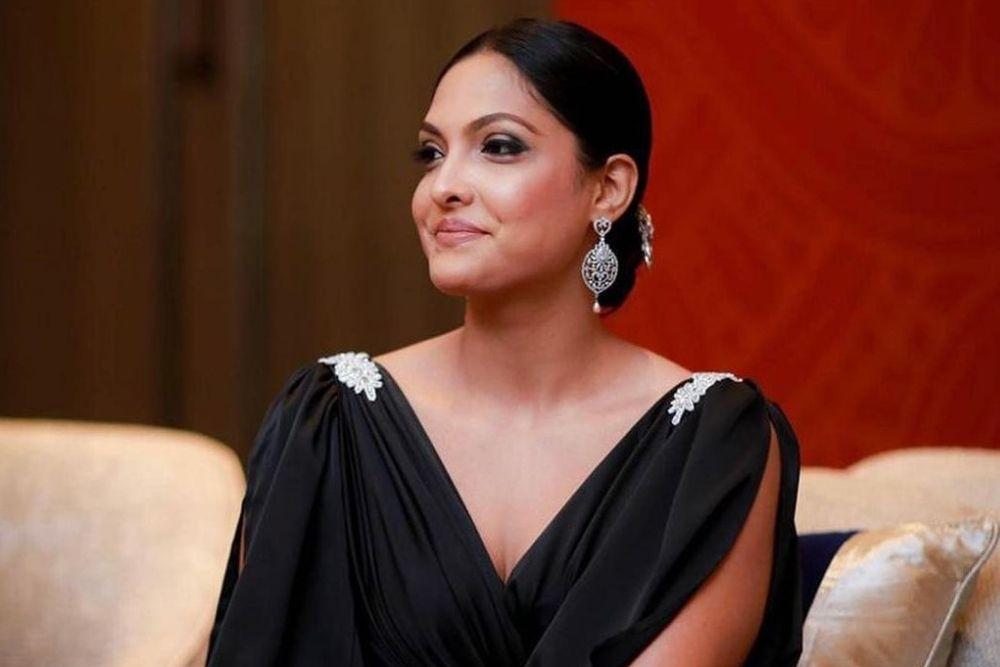 Cabut Paksa Mahkota Mrs World 2020, Intip Potret Caroline Jorie
