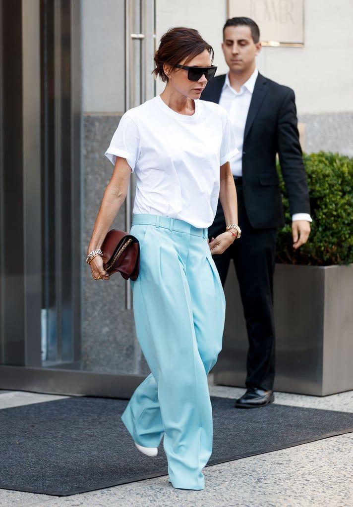 Simple dan Stylish Pakai Kaus Putih a La Seleb Hollywood