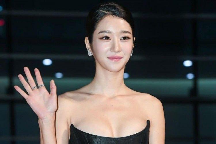 Diduga Dalang Sikap Kasar Kim Jung Hyun, Intip Pesona Dingin Seo Ye Ji