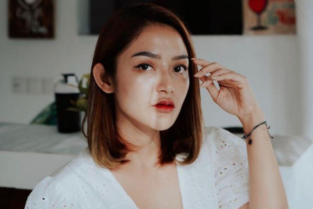 Disebut Sebagai Pedangdut Bersuara Jelek, Intip Pesona Siti Badriah